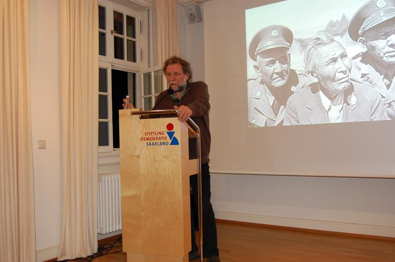 Karl Rössel (Rheinisches JournalistInnenbüro/Recherche International e.V.)